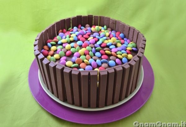 • Torta kit kat - Ricetta Torta kit kat di GnamGnam
