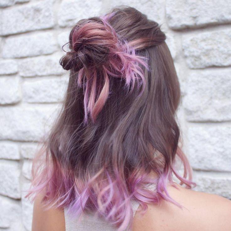 Tem vontade de pintar o cabelo, mas falta coragem? Experimente fazer só nas pontas, já dá aquele toque de cor sem precisar se jogar!