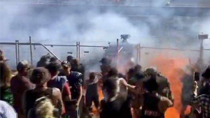 Burning fuel hits crowd at Australian drag-racing event - BBC News http://ift.tt/2vDpkVa