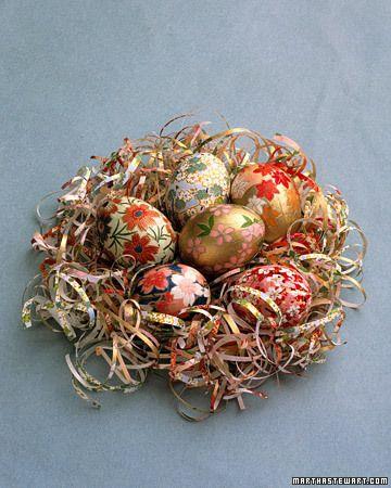Easter eggsDecor Eggs, Ideas, Eggs Recipe, Elegant Eggs, Origami Paper, Martha Stewart, Easter Eggs, Eggs Decor, Crafts