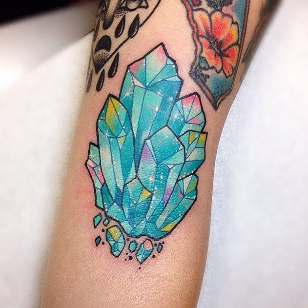 Aquamarine cluster for @soylattebreath ✨ •angry elbow ditch• #aquamarine #crystal #tattoo #wlba