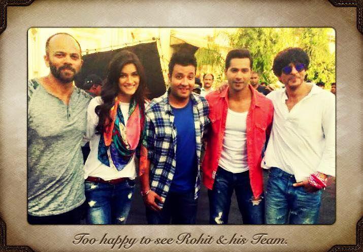 Shah Rukh Khan, Varun Dhawan, Kriti Sanon and Rohit Shetty on the sets of #Dilwale in Goa, India.