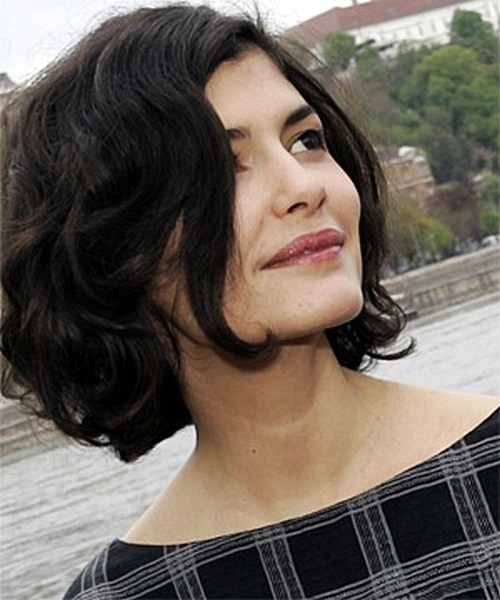 WOULD LOVE, LOVE THIS, BUT I DON'T HAVE HAIR THIS CURLY OR THIS THICK. Audrey Tautou/ Haare