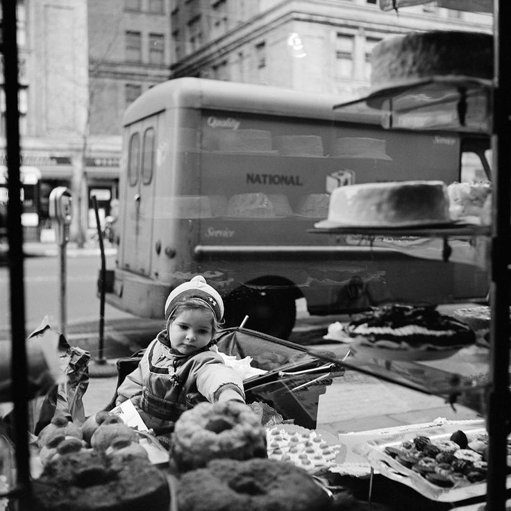 Street photography 1 vivian maier photographer · bakeriesblack and white