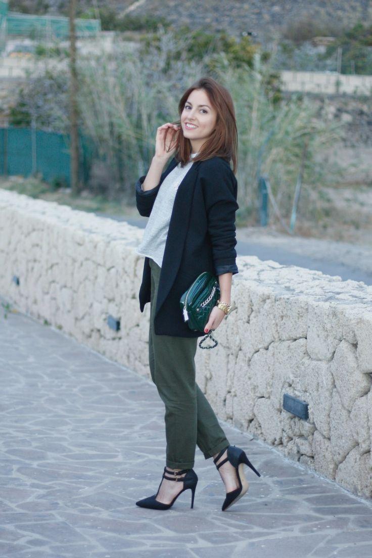 pantalones  baggy, baggy pants, verde, green, americana, blazer, tacones, working girl, ootd, look, street style, carolina toledo, fashionblogger,