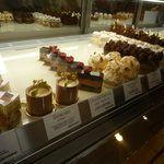 スイーツガーデンユウジアジキ (SWEETS garden YUJI AJIKI) - センター北/ケーキ [食べログ]