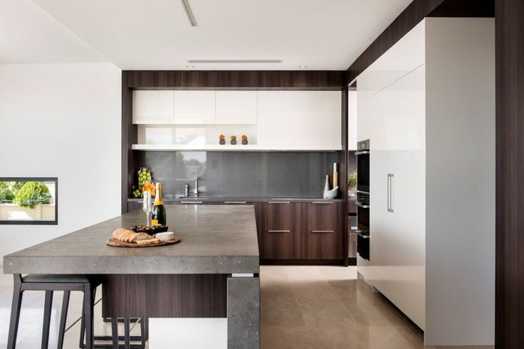 Architecture: Kitchen Island With Kitchen Bar Stools Modern Kitchen Cabinet Sink And Granite Countertop Ceramic Tile Floors Modern White Refrigerator: Family House - Timeless Luxury House Gathering Waterside Panoramas