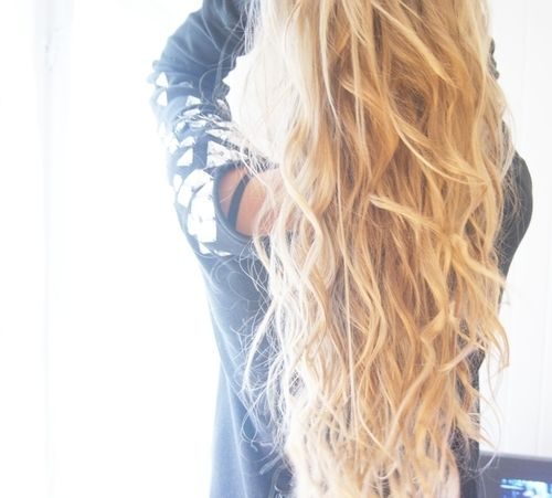 Section hair into 5-10 big sections than braid each in a loose braid. Run a flatiron over each braid, let them cool down, spray hairspray and undo the braids.Beach Waves, Wavy Hair, Long Hair, Blond, Loose Braid, Longhair, Flats Iron, Loo Braids, Flat Iron