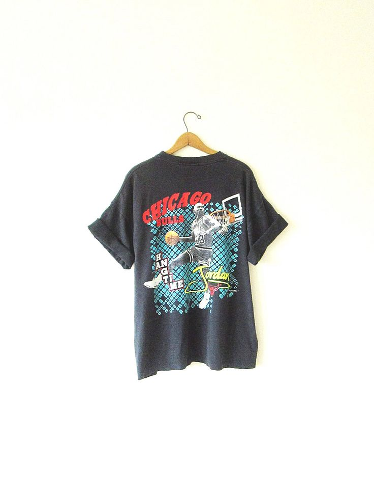 Vintage 1990s Chicago Bulls MICHAEL JORDAN Basketball Hang Time T Shirt Sz XL by FreshtoDeathVintage on Etsy