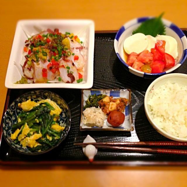 タコのカルパッチョ、豆腐、ほうれん草と卵の炒め物、漬物。 - 25件のもぐもぐ - 蛸のカルパッチョ、豆腐サラダ、卵とほうれん草炒め、漬物 by 412mo
