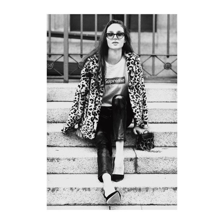 #francine #darkmidnight #bordeauxlenses #acetate #mazzuchelli #handmadeinitaly #design #ludovicaerobertopalomba For #borderlinecollection #philipperouge #sunglasses #whendesignmeetsfashion