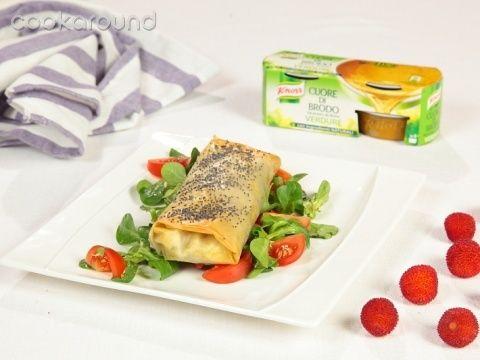 Involtini di pasta fillo con broccoli e salsiccia | Cookaround