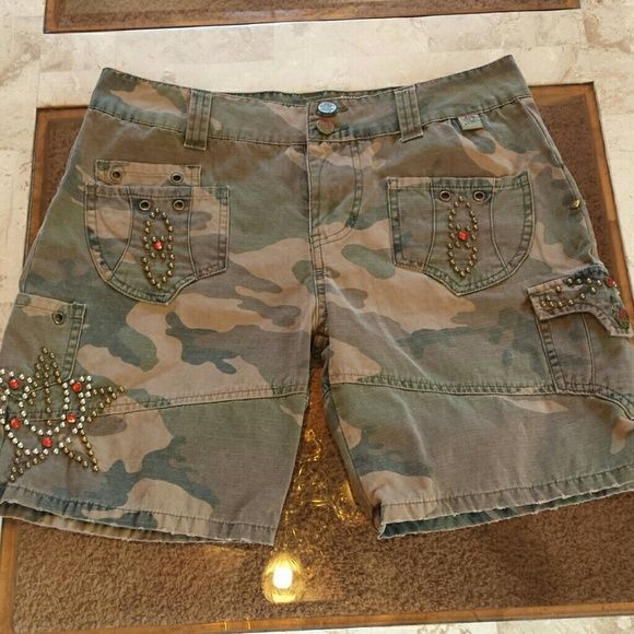 Rose camouflage shorts Roses camouflaged shorts great condition size 27 inseam 7 . ROSES Shorts Jean Shorts