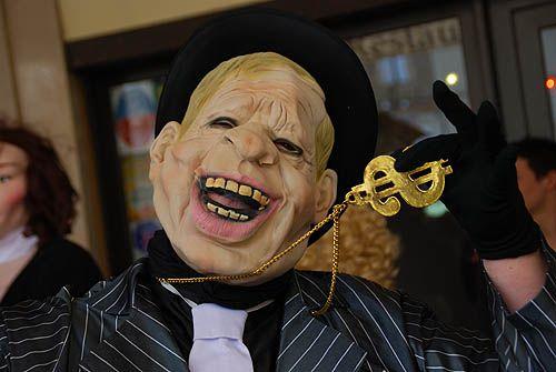 Carnaval de limoux Las Coudenos goudils The Mask