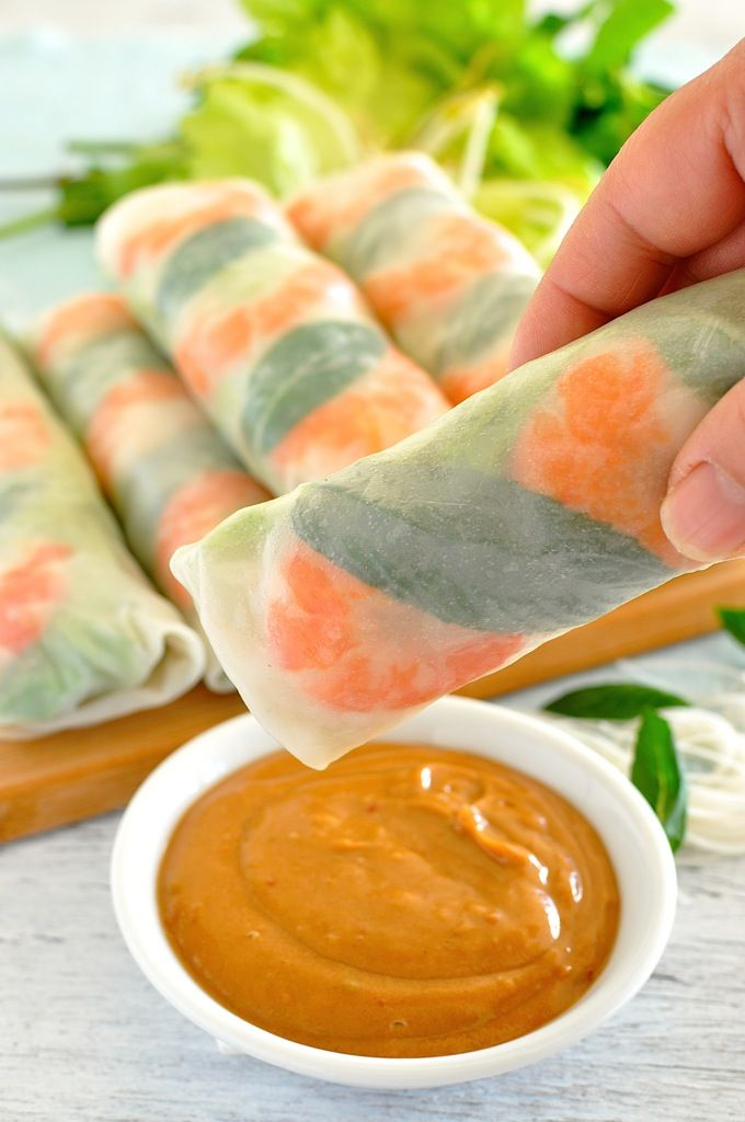 Restaurant quality peanut dipping sauce and 2 secret tips to make rolling these up a breeze! #appetizer #summer #healthy #fresh