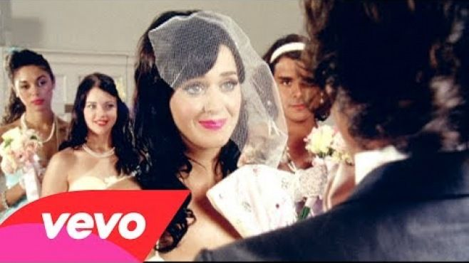 Katy Perry - Hot N Cold -