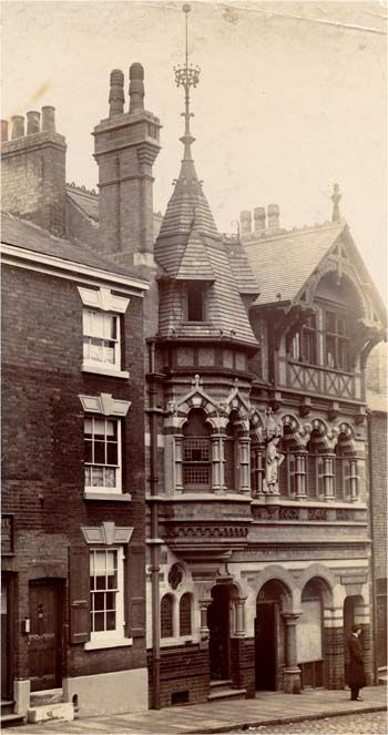 LG Summers standing outside #Fothergill's Offices, George Street, #Nottingham c.1895