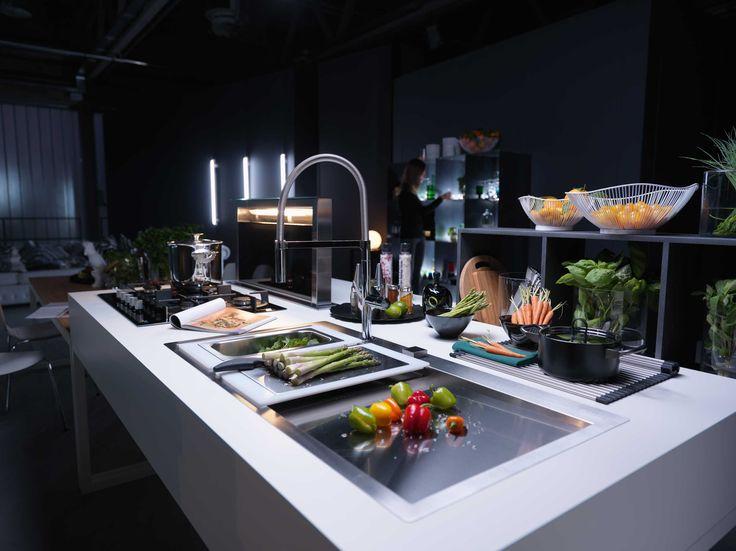 Leading Technology + Sophisticated Design U003d Frankeu0027s Manhattan Faucet!  #KitchenFaucet