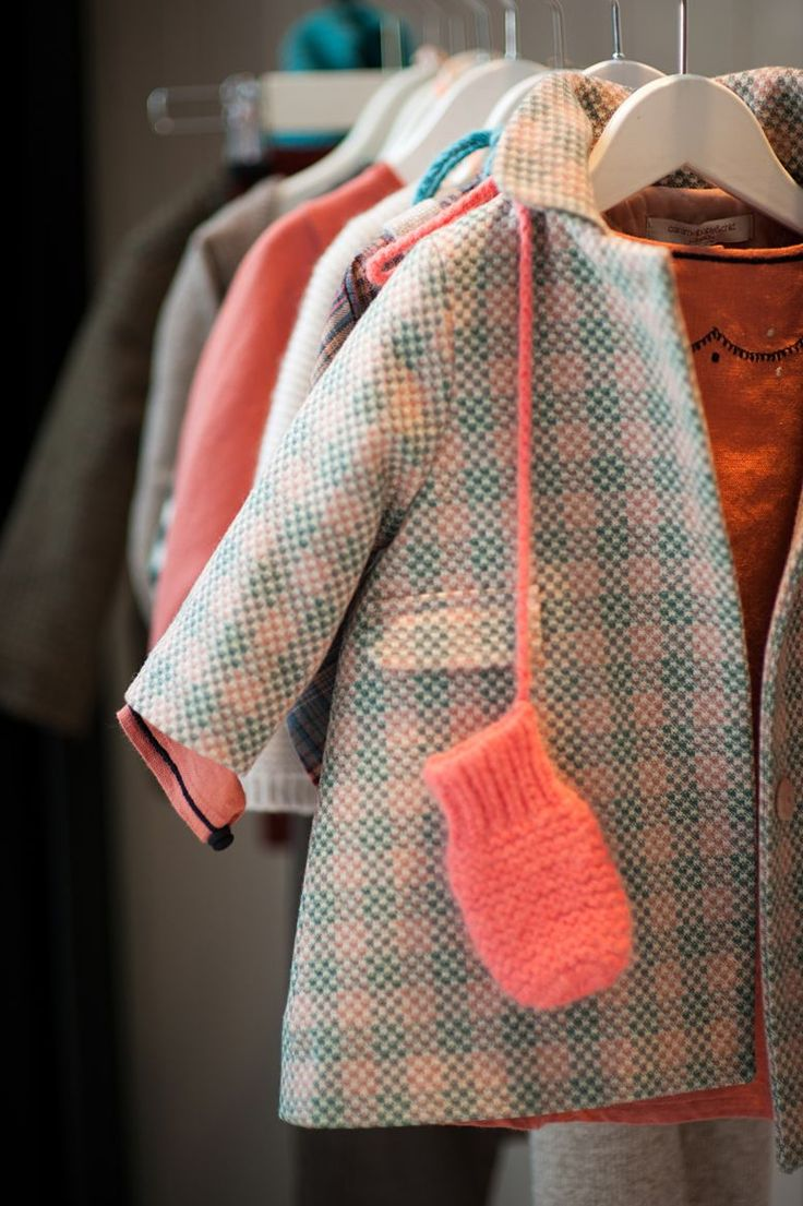 perfect coat + mittens for the little miss. #totnotchstyle #kidfashion http://www.caramel-shop.co.uk/blog/