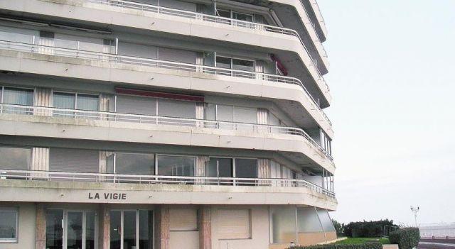 Apartment La Vigie - #Apartments - $86 - #Hotels #France #Royan http://www.justigo.tv/hotels/france/royan/apartment-la-vigie-royan_84582.html
