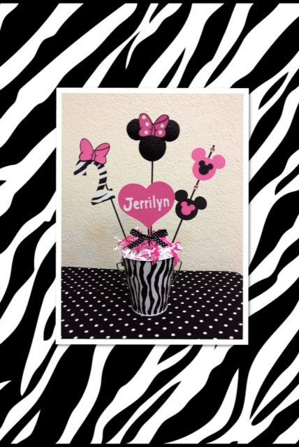 Best 25 Zebra birthday decorations ideas on Pinterest Zebra
