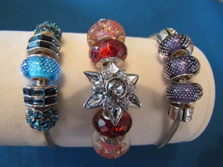 Chamilia Bracelets & Charms - personalize the charms and beads to match any outfit or mood. www.expressionsbygigi.com