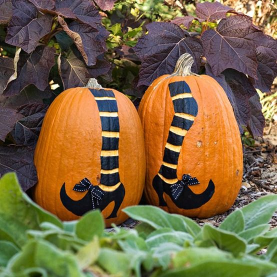 Witch shoes pumpkins!These would be great laying down & pushed up against the house... ;D