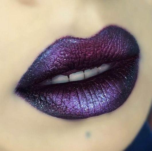 ''Sad Girl'' liquid lipstick +  three different types of glitter shadows +  black eyeliner / Galaxy lips / Ombré lips