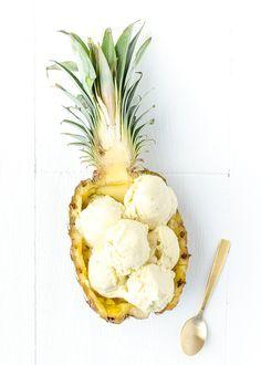 Ananas Kokos ijs1 hele ananas (bevroren) 2 bananen (bevroren) 400 ml kokosmelk