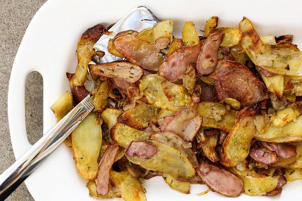 Roasted Fingerling Potatoes with Shallots and Rosemary