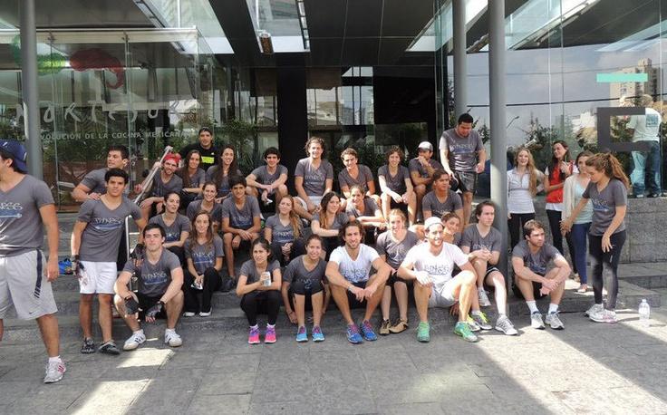 El pasado Octubre 20 del 2012 se llevó a cabo una competencia interna para celebrar el primer aniversario de Fitness District (CrossFit México D.F.)