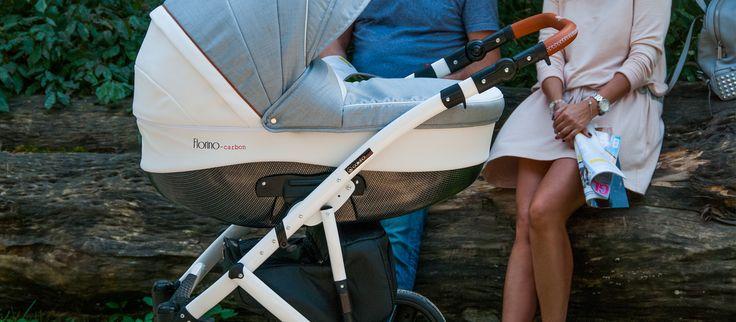 FLORINO CARBON  Stylowo -zawsze modnie. Zainspirowani modą i stylem proponujemy model Florino Carbon - urzekający kolorystyką i formą. Idealny w najdrobniejszym szczególe – nowoczesny w stylistyce ale również innowacyjny w rozwiązaniach. Wygoda, komfort, płynność jazdy – to cechy, które sprawiają, że tak lubimy nim jeździć. Po prostu Idealny na spacery.  – FLORINO CARBON