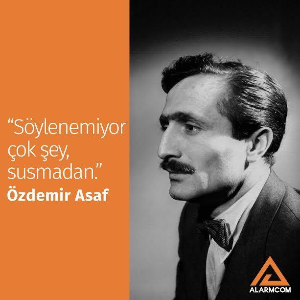 28 Ocak 1981'de hayata veda eden, çoğu şiir okurunun gönlünde taht kuran Özdemir Asaf'ı sevgi ve minnetle anıyoruz. #ÖzdemirAsaf #ölümyıldönümü #yazar #şair #şiir #saygıverahmetleanıyoruz #yalnızlıkpaylaşılmaz #lavinia