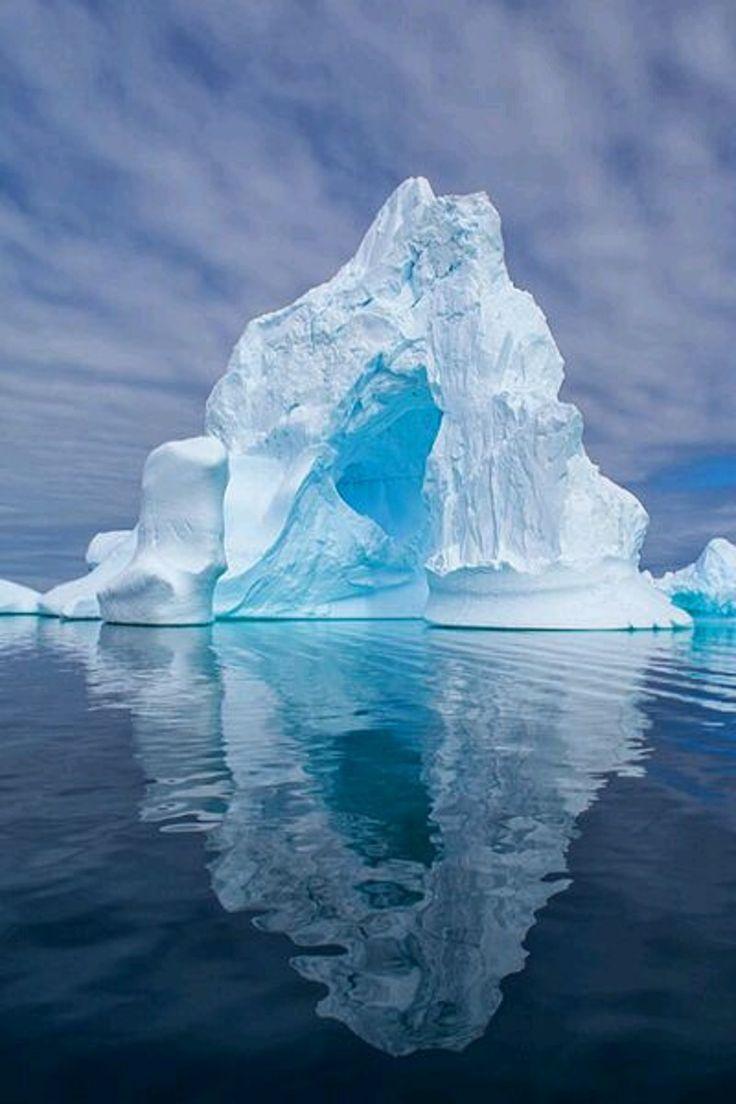 фото айсберг под водой