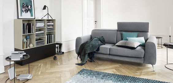 Open your doors to the BoConcept lifestyle. Its not just furniture it's a concept. Embrace the free spirit lifestyle with lots of ocean blue, raw urban features and shiny, reflective materials. The combination will bring a new edge to your basics and bring new life to your greys, beiges and blacks. #FridayStyleTip #FreeSpirit #interiorDesign #Greys #Sofa #Designer