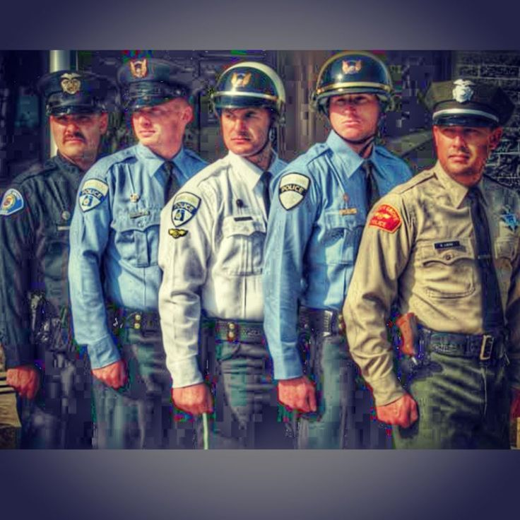 """326 Likes, 8 Comments - Garden Grove Police Department (@gardengrovepd) on Instagram: """"The historical line up of Garden Grove PD's uniforms. #gardengrovepd #policeofficer…"""""""