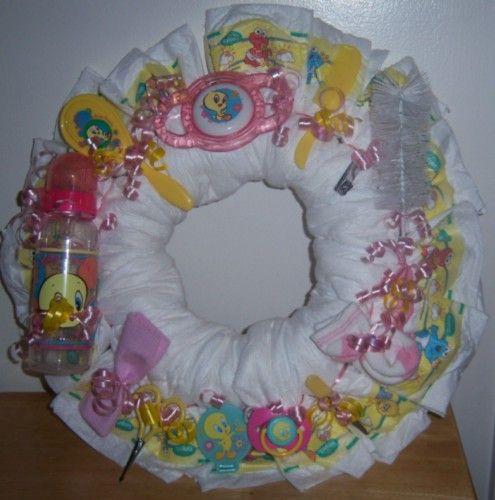 Baby Shower Wreath | Baby Shower Looney Tunes Diaper Wreath