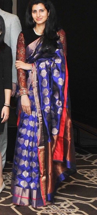 Love this combination for a kancheevaram sari.. Colorful yet elegant.. !