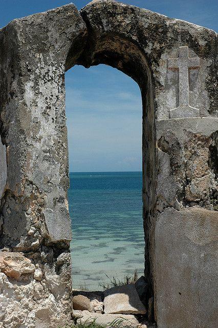 Ilha Fortress . Mozambique