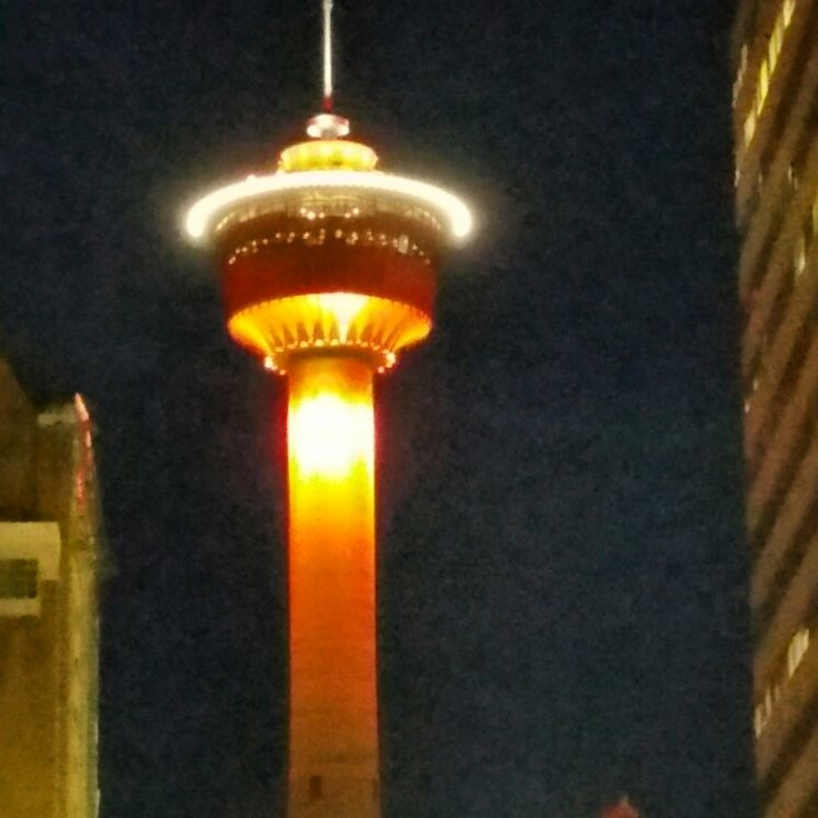 Calgary Tower at night