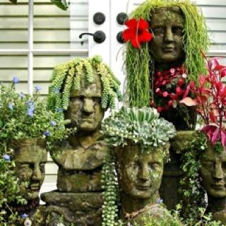 I love these!!! retayloredGardens Ideas, Head Planters, Succulent Plants, Gardens Planters, Gardens Art, Families, Hair, Flower, Yards