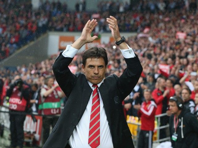 Robbie Savage warns Wales to sort out Chris Coleman contract prior to Euro 2016