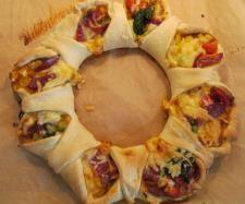 Rezept Pizza - Ring von Emily123 - Rezept der Kategorie Backen herzhaft