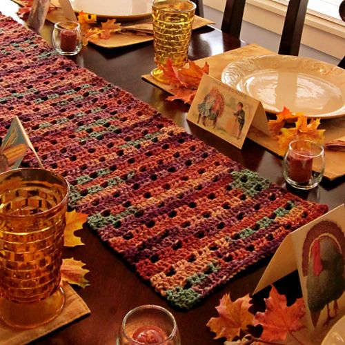 I would love to make this table runner for this fall!  Mom crocheted this.