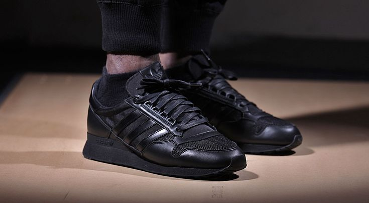 Adidas ZX 500 OG Triple Black http://thesolesupplier.co.uk/products/adidas-zx-500-og-triple-black/