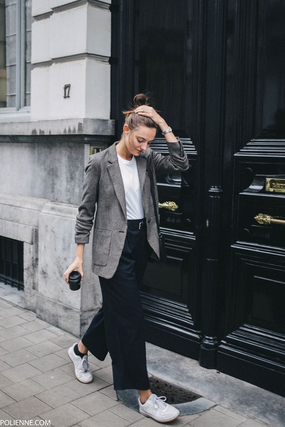 Checked Printed Blazers Makes It A Real Fashion Statement  read more >> http://bit.ly/2yqukfN  #fashion #style #shopping #outfits #blazer #streetstyle #checkedblazer #trendy