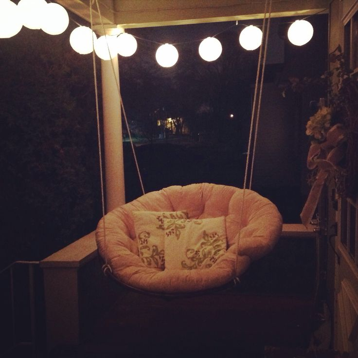 Most comfortable swing ever diy papasan porch swing for Diy indoor hanging chair
