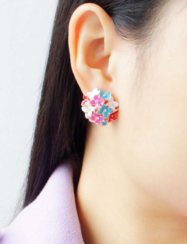 1 Pair Women's Lady Cute Stud Ear Elegant Crystal Rhinestone Earrings #Unbranded