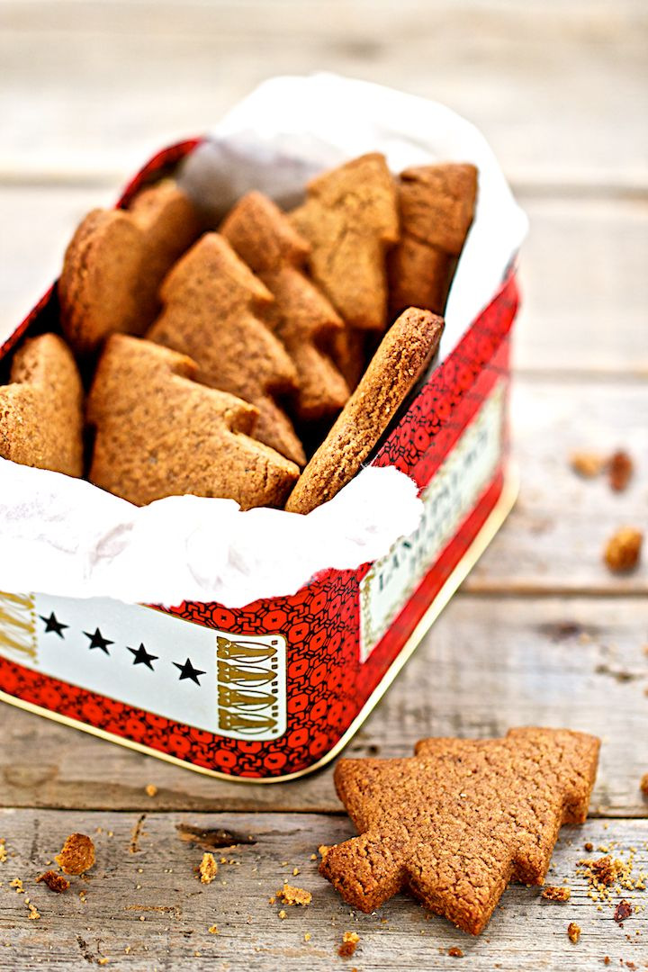 Les petits sapins spéculoos http://www.saveursvegetales.com/2014/12/les-petits-sapins-speculoos.html