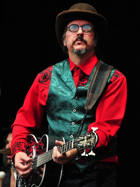 Les Claypool (Primus, The Les Claypool Frog Brigade, Oysterhead, etc.)